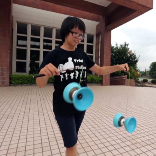 Chinese yoyo tricks